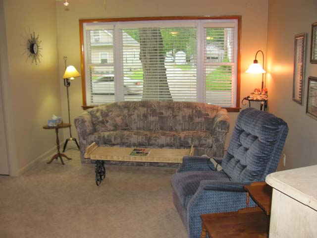 Hill realty for sale for 11x10 bedroom ideas